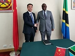 Mr. Wen Peng, General Manager of SRON visited Tanzania Ambassador Mbelwa Kairuki